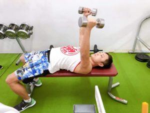 ウェイトトレーニングで効果的に身体を鍛える方法(大阪)02