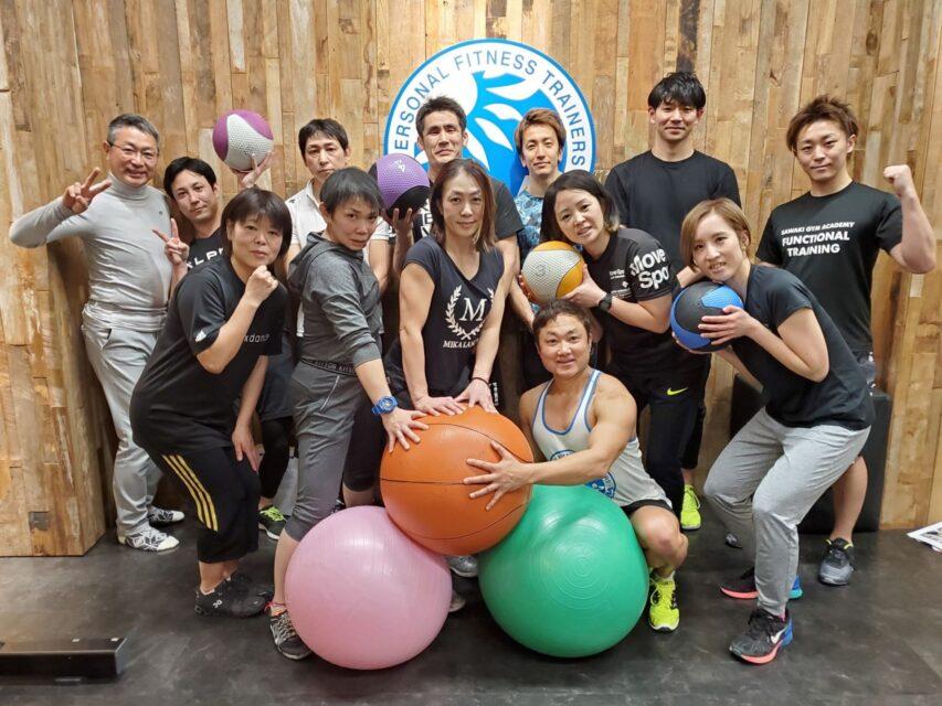 動きの質を高める体幹&回旋トレーニング集合写真