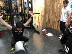 動きの質を高める体幹&回旋トレーニング01