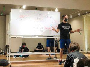 正しい姿勢で動けるようになるファンクショナルトレーニングベーシックコース01