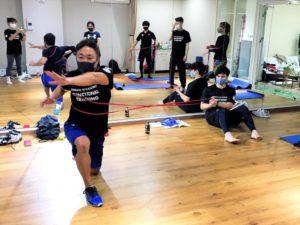 正しい姿勢で動けるようになるファンクショナルトレーニングベーシックコース06